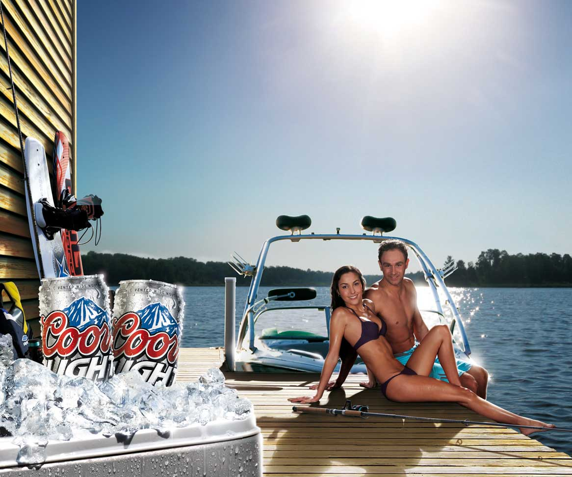 Photo-imaging-Lifestyle-Waterski-CoorsLight-Cans