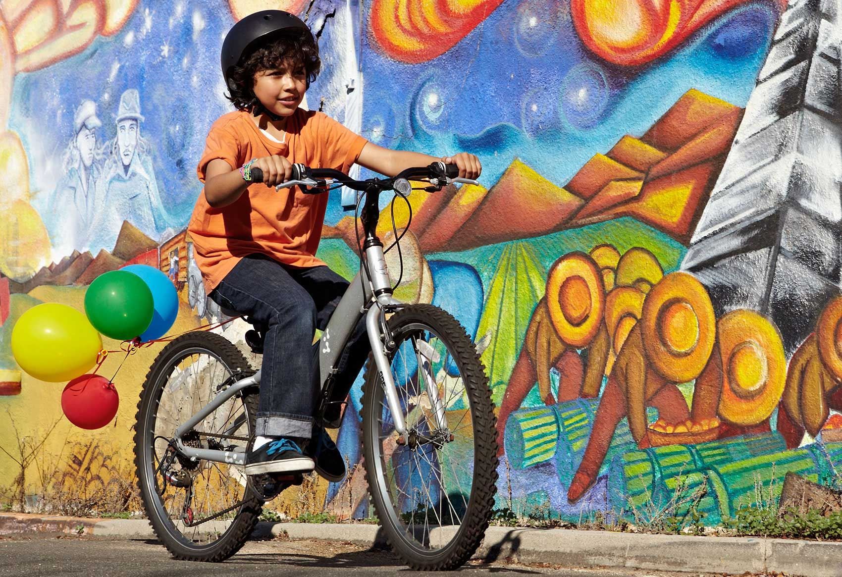 Photography_Children Teens_Kid riding a bike-Tony Garcia