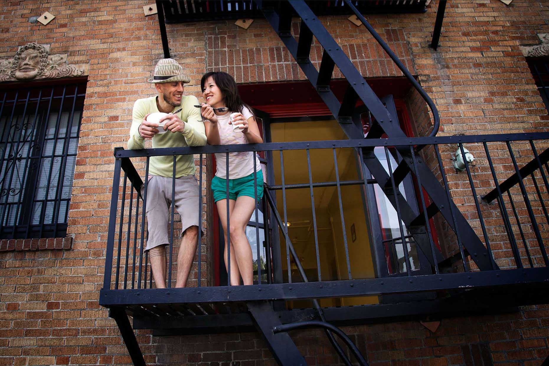 Photography_Lifestyle_Eating on the Fire Escape-Tony Garcia