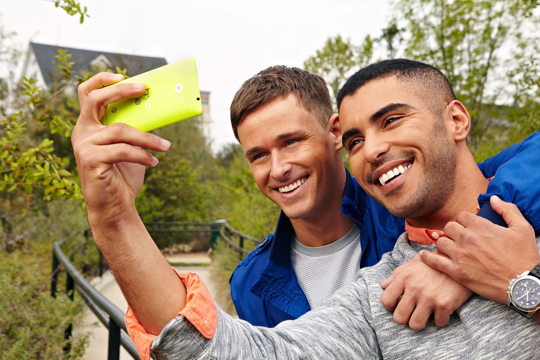 Photography_Lifestyle_Happy Gay Couple Taking Selfie-Tony Garcia