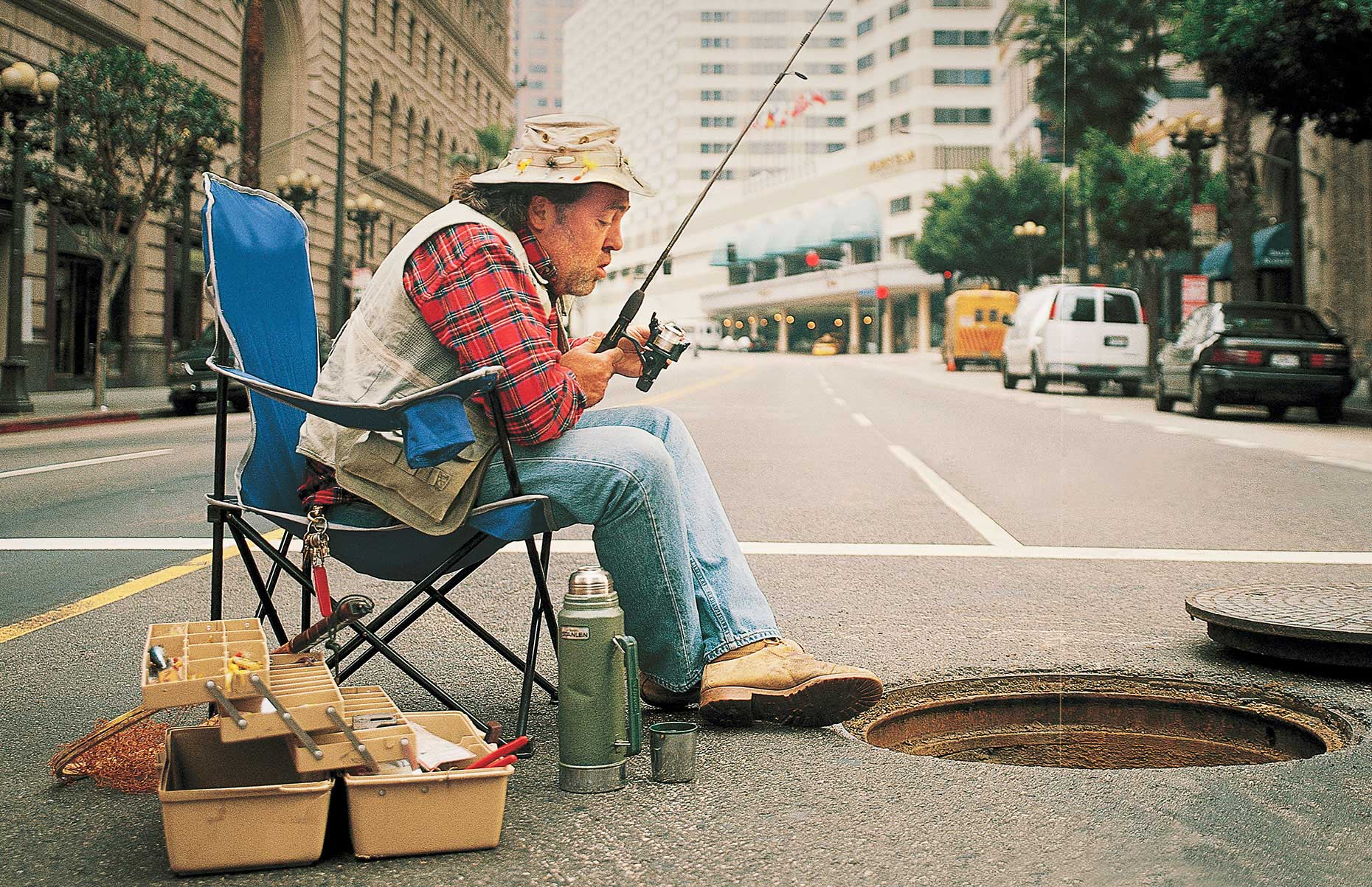 Photography_Lifestyle_Old Man Fishing in the Sewer-Tony Garcia